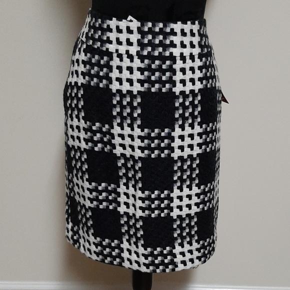 Merona Dresses & Skirts - Black and White Skirt